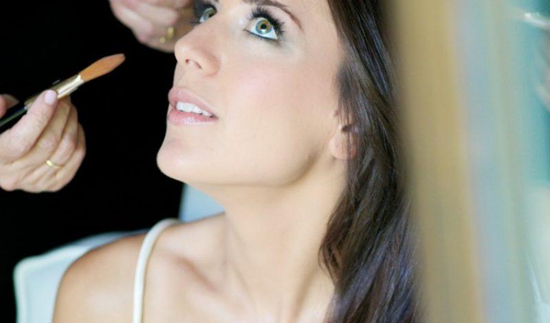 Maquillaje de Belén una novia en tonos verde y gris ahumado